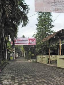 Gerbang desa Tembi